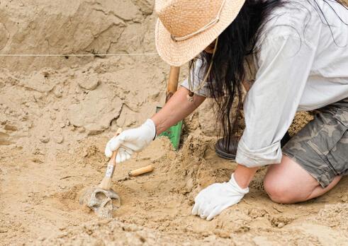 Výskumník archeológ