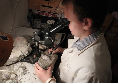 Paleontológ